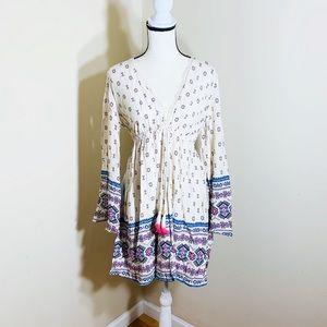 Xhilaration beautiful long sleeve dress size M